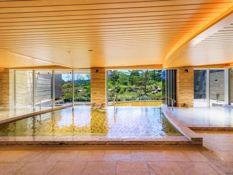 大浴場 庭園ビュー
