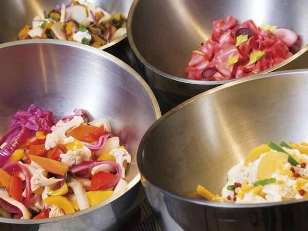 【夕食/例】ひと手間加えたボウルサラダ