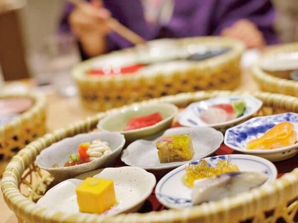 【夕食/例】色とりどりの小鉢
