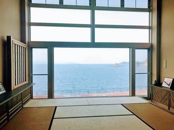 美しい海の見える休憩所