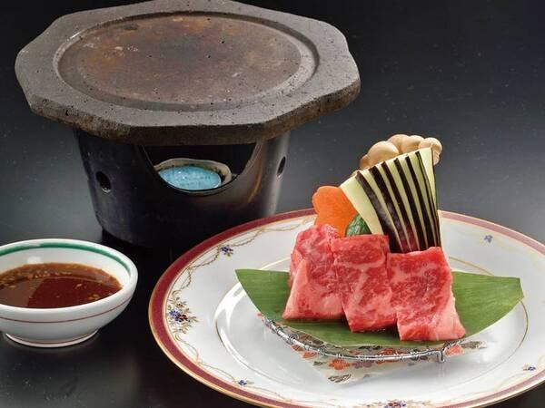 【味彩牛の陶板焼き/例】※味彩牛の調理方法は陶板焼きか牛鍋を選択できます(グループ毎)