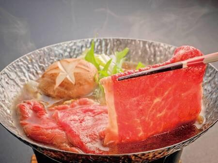 【味彩牛の牛鍋料理/例】※味彩牛の調理方法は陶板焼きか牛鍋を選択できます(グループ毎)