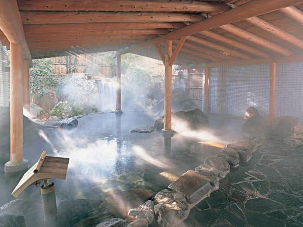 【司ロイヤルホテル】源泉100%かけ流しの湯を存分に堪能。西日本最大級の温泉リゾート『つかさの湯』も無料で利用可