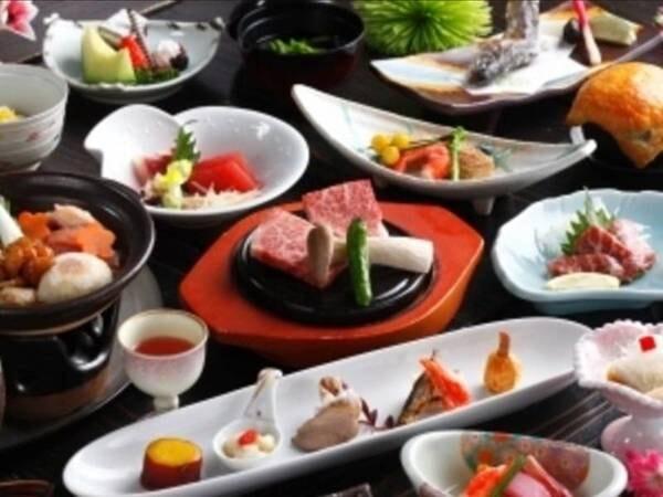 【スタンダード夕食のお料理/例】味はもちろん、目でも楽しめる華やかで美しい会席