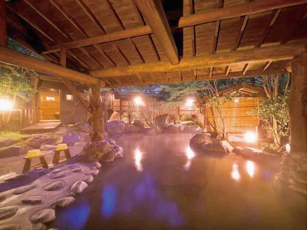 【野天風呂】心ゆくまで温泉を満喫