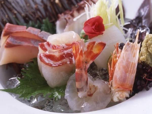 【夕食/例】季節に応じ、天草の海の幸お造り盛り合わせ