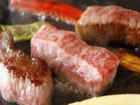 【肥後牛の厚切りステーキ鍬焼/例】