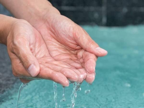 *【大浴場】とろとろの山鹿温泉でお肌もすべすべに♪