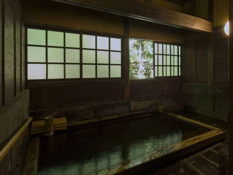 檜風呂(内湯)