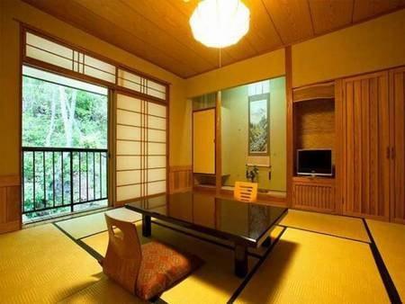 本館山側和室8畳/一例