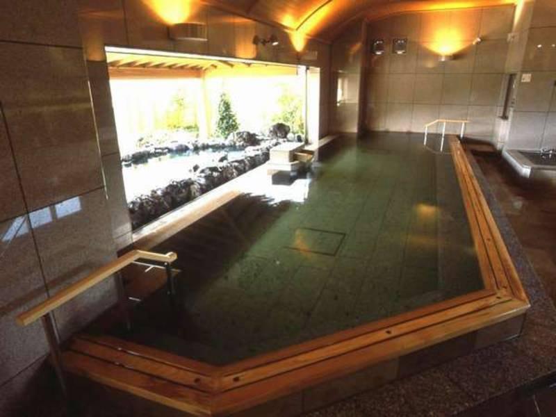 3階 露天・大浴場「山並みの湯屋」数寄屋デザインの湯処