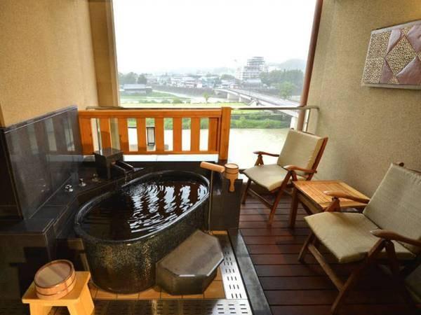 温泉露天風呂付和洋室(4.5畳+ツイン)/一例