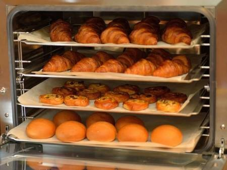 朝食バイキング/焼き立てパン