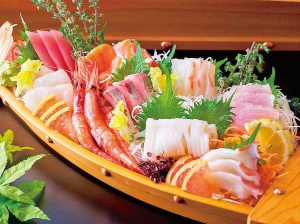 【9/1~11/30】秋の料理フェア 天草本渡港の朝どれ地魚のお造り盛合わせ/例