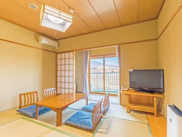 和室(8畳+広縁)