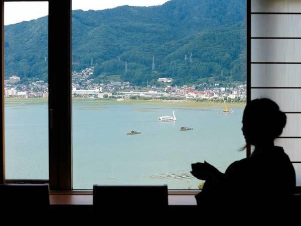 【湖側和室からの眺望/例】