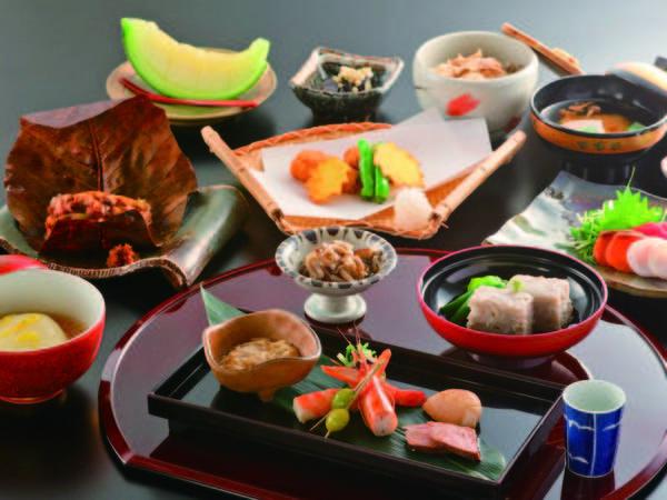 【夕食/例】 健康と美食にこだわった懐石料理