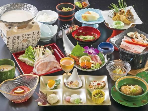 【四季の会席料理/例】彩り鮮やかな全11品は、料理人が丹精込めてご用意