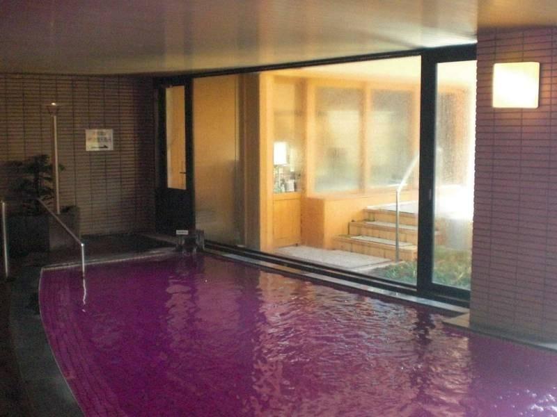 【大浴場】内湯/秋はワイン風呂が楽しめます(不定期)