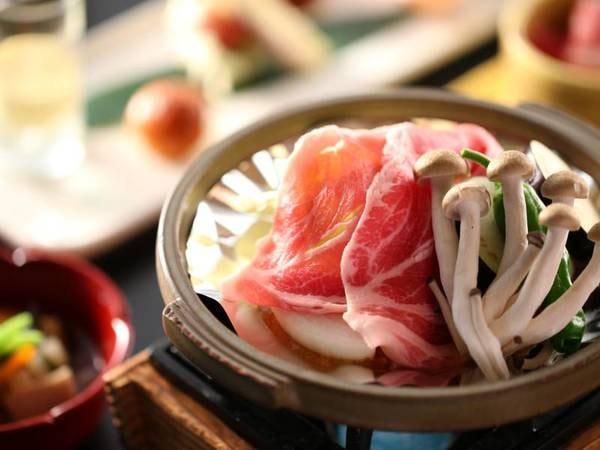 心あたたまる郷土料理一例/駒の湯特製味噌の陶板焼き