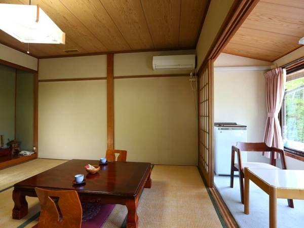 禁煙【旧館■和室8畳】昔ながらのお部屋一例/ちょっと古いお部屋ですが、意外と人気のある旧館
