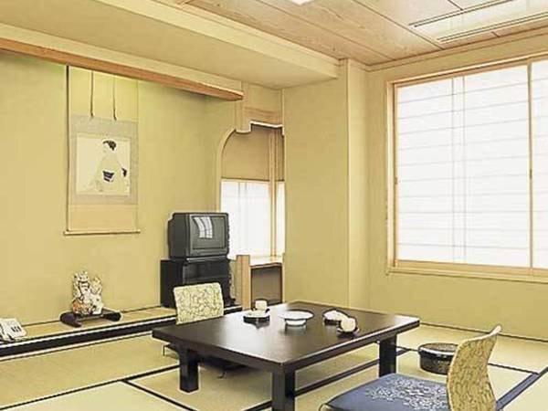 【禁煙】和室8畳~10畳温泉街を望む部屋/一例