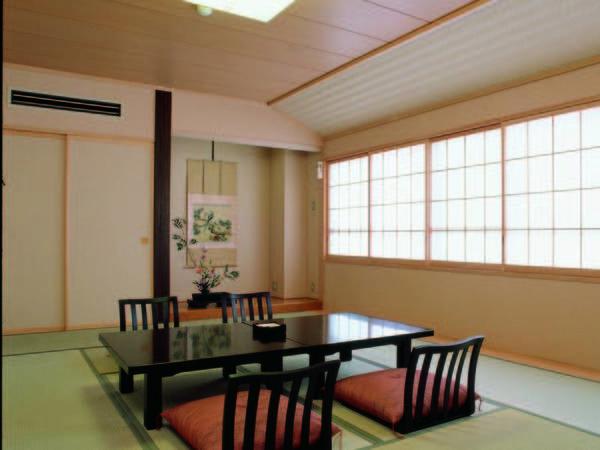 【10畳和室/例】趣溢れる和室にご案内