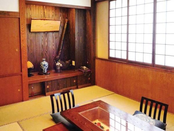 【和室/例】すべてのお部屋が建具・照明・床の間など、趣が異なる造り