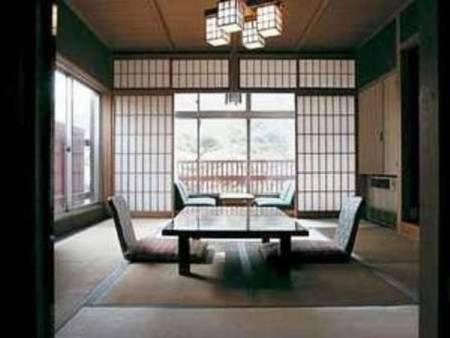 【2階禁煙】階段を上ってのシンプルな和室/一例