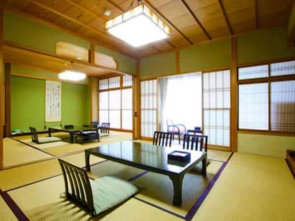 【客室/例】広々とした10畳+8畳の二間続きの和室※大人3名以上限定