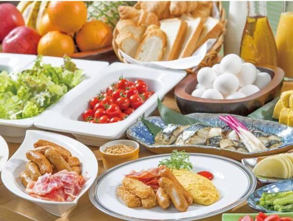 【朝食/例】新鮮なお野菜も充実なバイキングをご用意♪