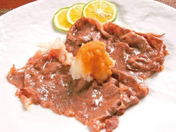 【ビュッフェ(国産牛肉料理)/例】メインの国産牛の焼きしゃぶ ※日替わりの為選択不可