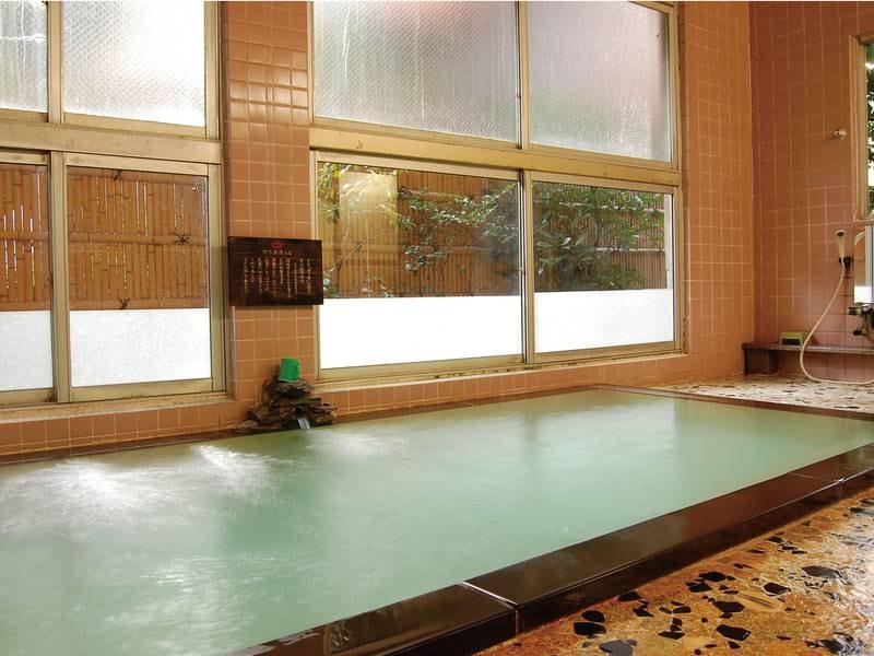 【男性大浴場】24時間かけ流しの天然温泉