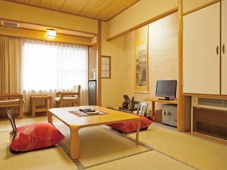 【和室/例】8畳以上の和室でのんびりくつろぐ