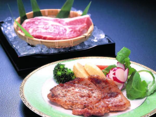 【選べるメインプラン/例】メインは肉・魚料理など4種類から選べる!※ステーキ一例
