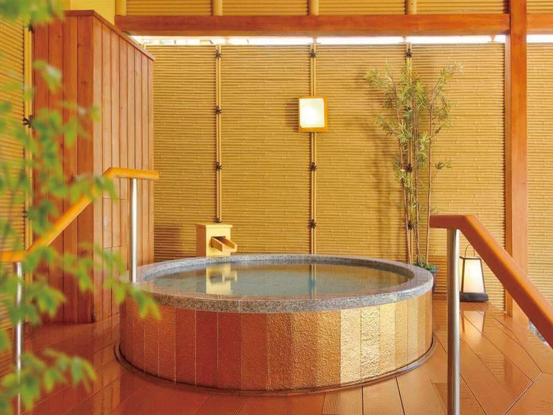 【湯めみの庭/黄金風呂】純金で作られた湯船♪