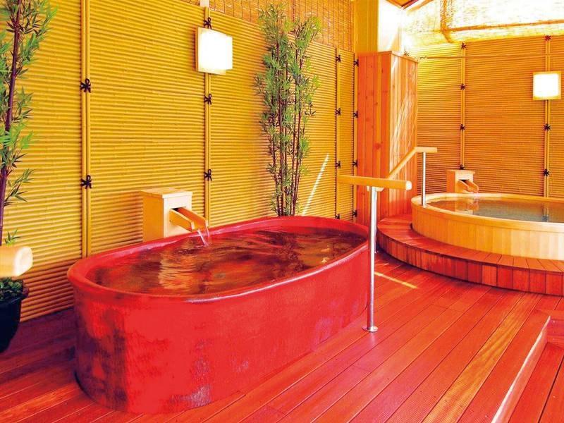 【湯めみの庭/つぼ風呂】全部で6種類、7つの湯船が楽しめる。まさに湯巡りの宿