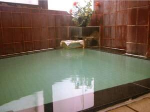 【女性大浴場】源泉かけ流しの湯を満喫