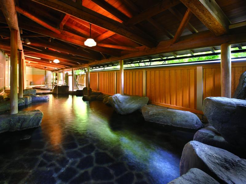 【庭園露天風呂】華の湯全体でお風呂は30種類!