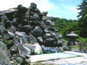 【天翔の湯】天渓の湯と男女入替制のの野天岩風呂