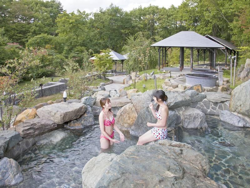 【ガーデンスパ】水着着用だからファミリー・グループ・カップルで温泉を楽しめる(冬季閉鎖)