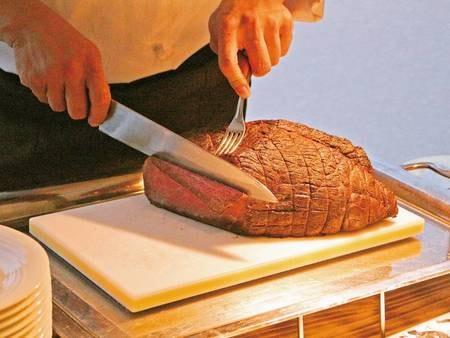 【バイキング/例】ローストビーフも食べ放題!