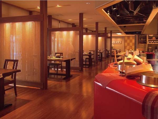 【食事会場】オープンキッチン型