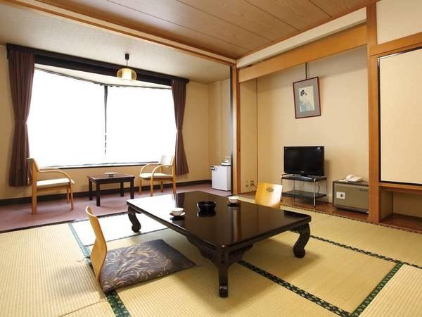 【和室/例】3階客室はお風呂、トイレがユニットバスにてシャワーが使用出来ない分、お得価格!