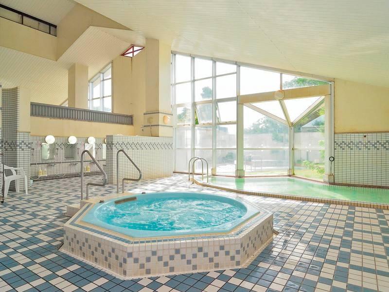 【大浴場】ジャグジーや打たせ湯など施設充実