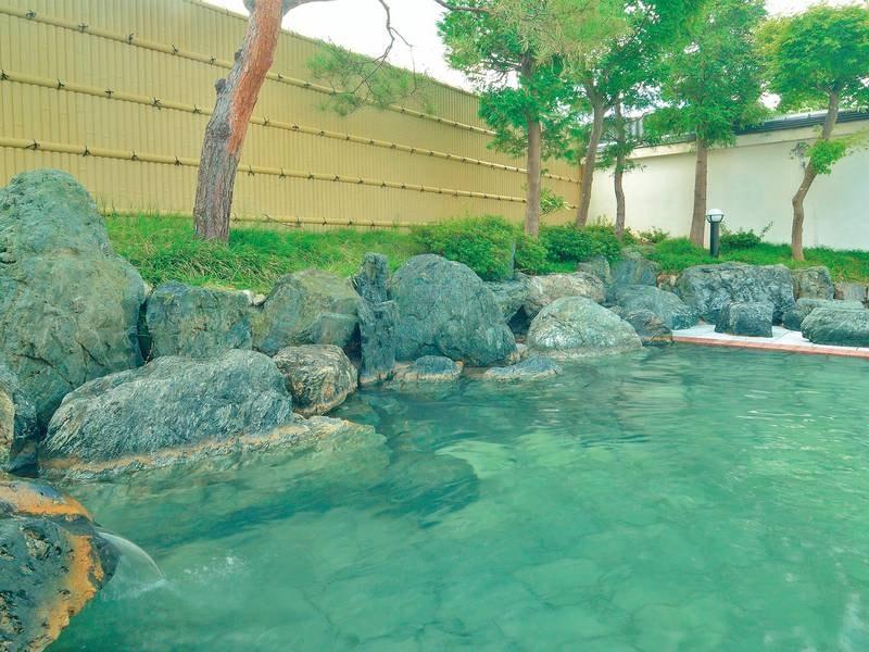 【露天風呂】情緒あふれる和風のお風呂