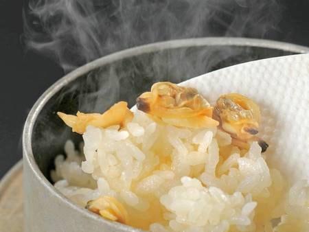 【季節の和食膳/例】アツアツの釜飯も季節替わり
