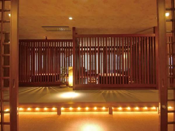 【ダイニングルーム】入口