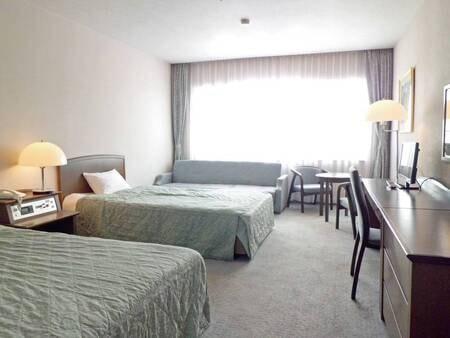 【洋室ツイン/例】安達太良山を望む39平米洋室をご用意