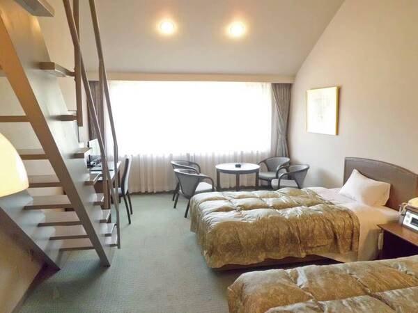 【ロフト付メゾネット/例】4名まで宿泊できるロフトタイプの洋室をご用意